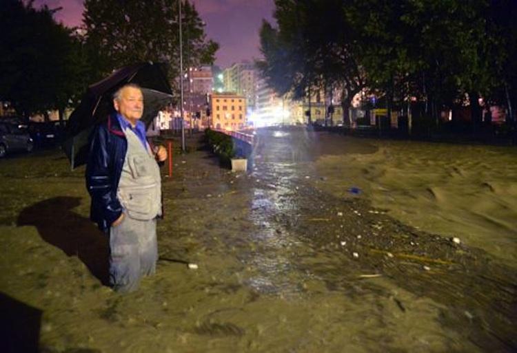 alluvione uomo 6