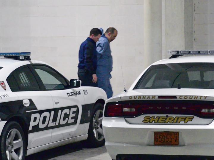 I momenti dell'arresto di Hicks
