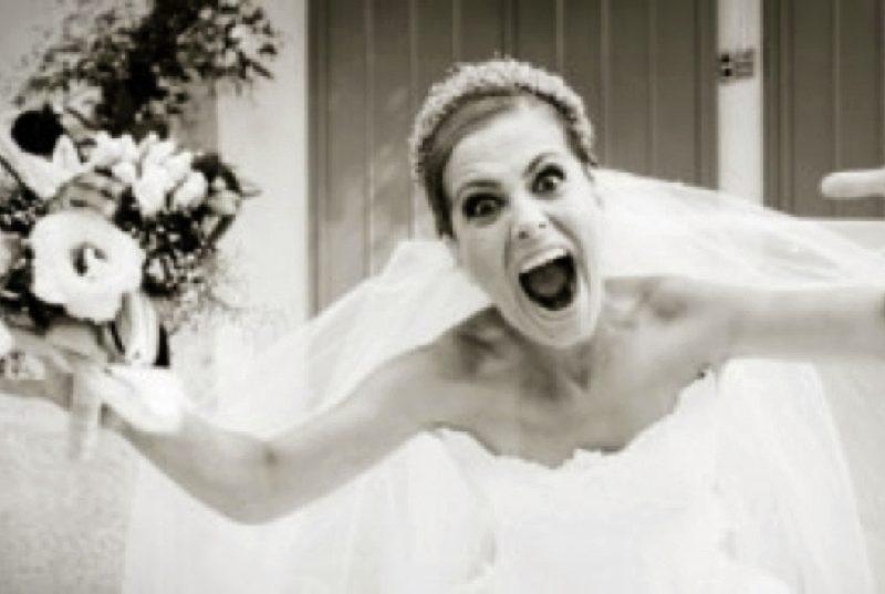 sposa abbandonata incazzata
