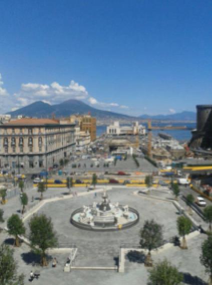 piazza-del-municipio-napoli