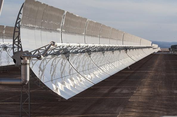 Il marocco inaugura l'impianto solare piu grande del mondo nel sahara vicino a ouarzazate