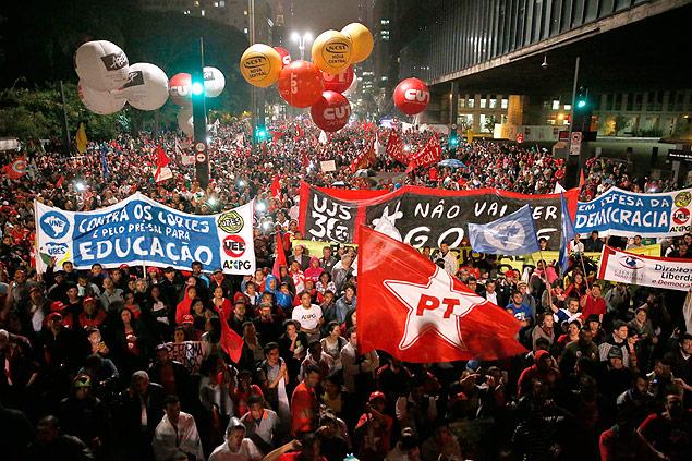 immagine: http://www.viomundo.com.br/politica/francisco-luis-o-que-esta-de-fato-em-jogo-no-impeachment-de-dilma.html