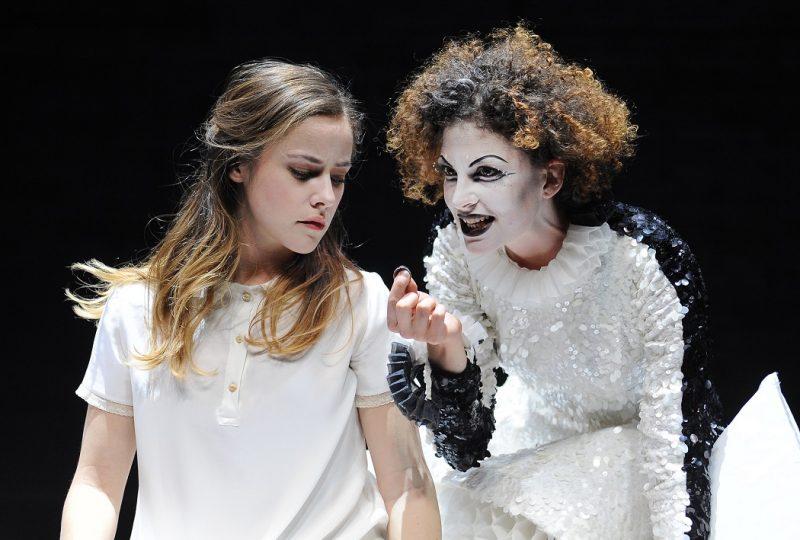 Calderón, in scena Camilla Semino Favro e Arianna Di Stefano, foto di Achille Le Pera
