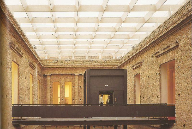 Paulo Mendes da Rocha, Ristrutturazione della Pinacoteca di stai, San Paolo, 1990-'98 - foto: https://teoriacritica13ufu.files.wordpress.com/2010/12/imagem55.jpg