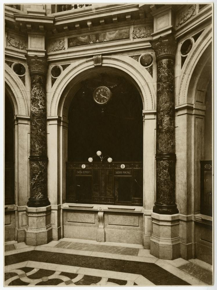 Dettaglio sportello,   Palazzo Comit,  Fotografo Gigi Bassani – Archivio storico del Gruppo Intesa Sanpaolo