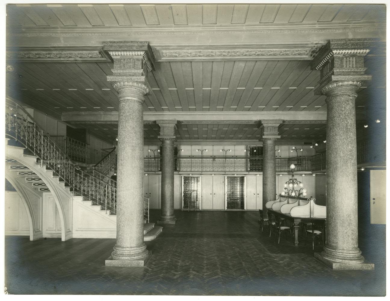 Il caveau, Palazzo Comit, 1911, Fotografo Luca Comerio  Archivio storico del Gruppo Intesa Sanpaolo