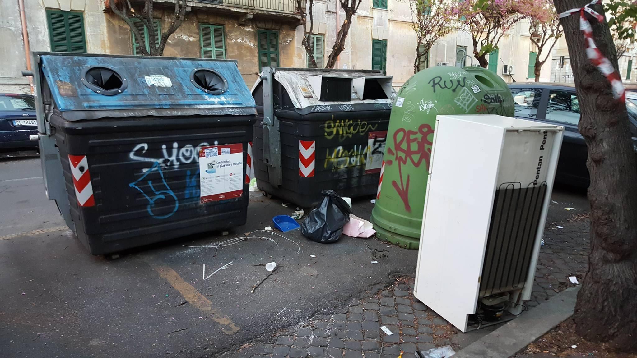 Spazzatura a Roma (dal blog romafaschifo)