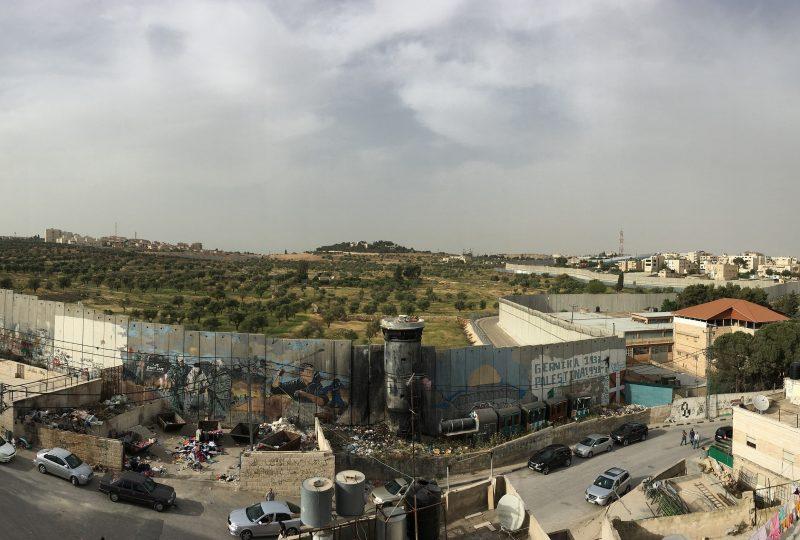 Il campo profughi palestinese di Aida a Betlemme e il muro che divide Israele e Palestina
