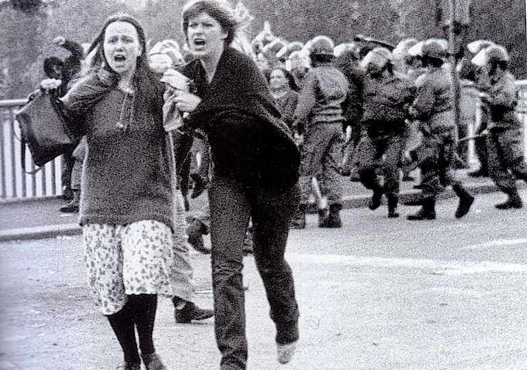 Gli scontri su Ponte Garibaldi a Roma del 12 maggio 1977, in cui fu uccisa Giorgiana Masi