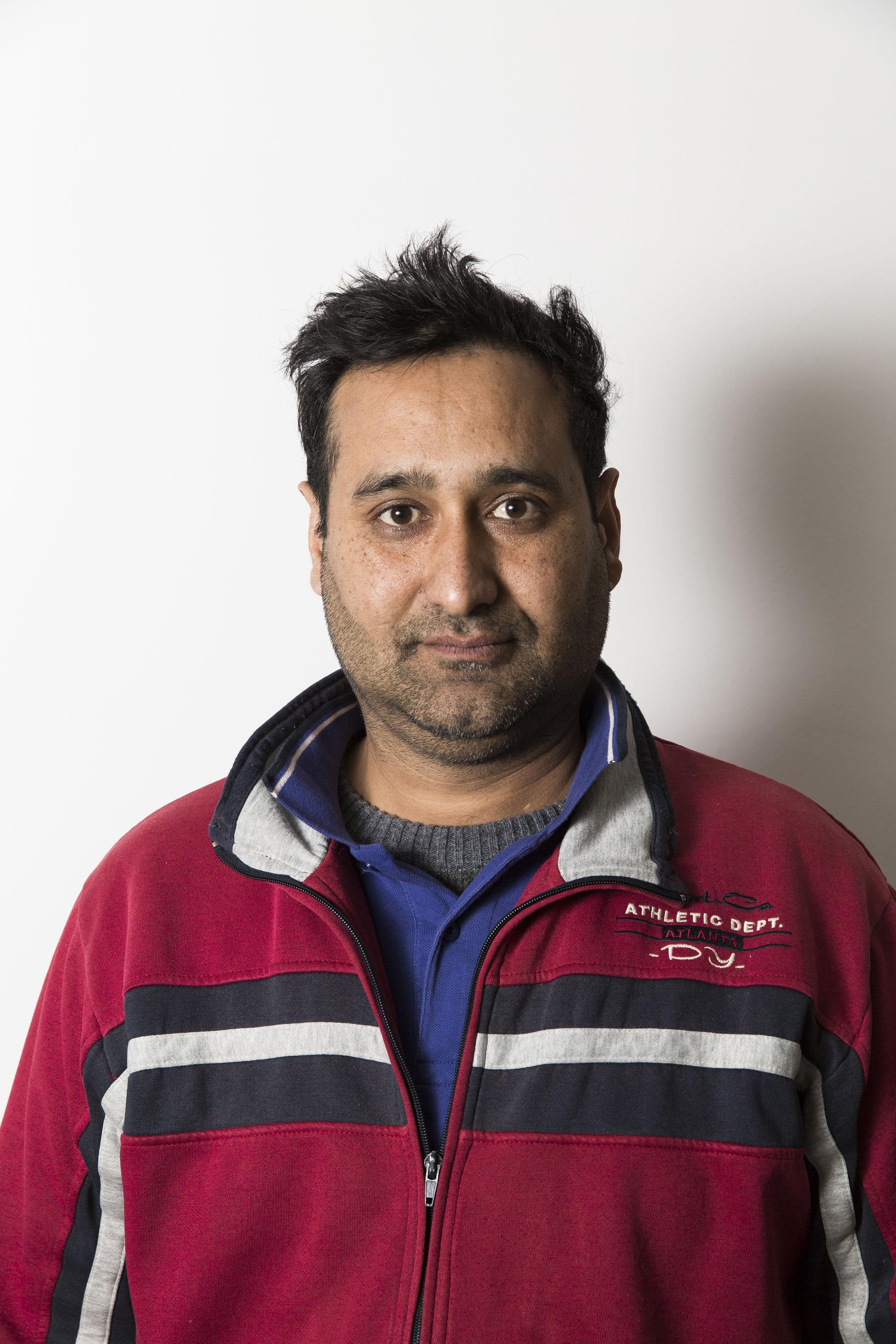 Imran Kahn, 38 anni, operaio Fada (foto Carlo Ramerino)