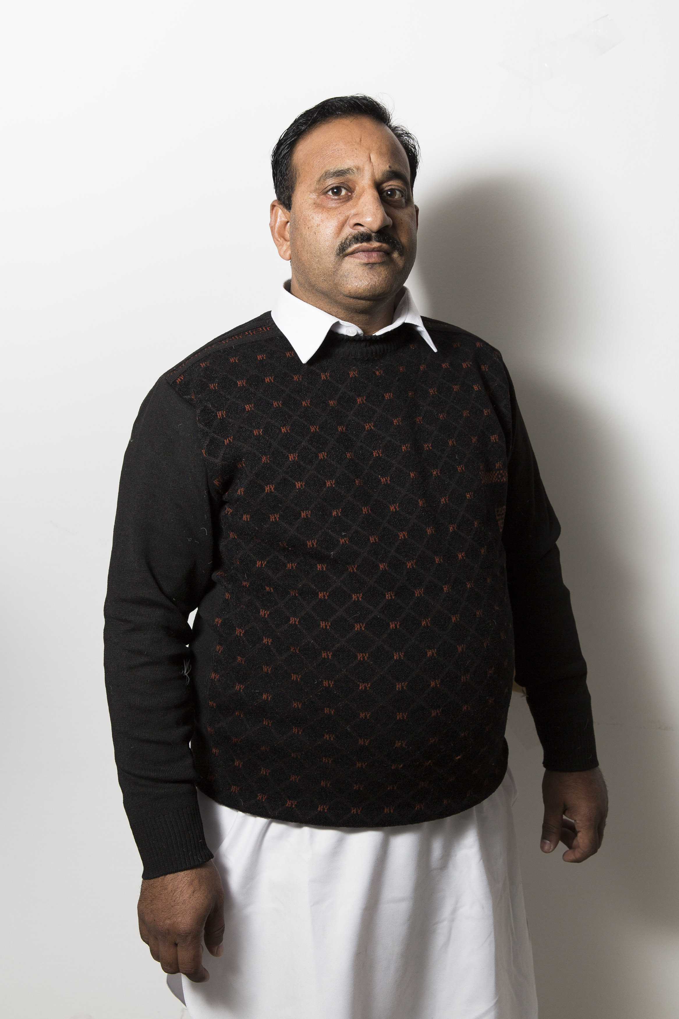 Sajjad Ahmed, 45 anni, operaio stagionale Fada (foto Carlo Ramerino)