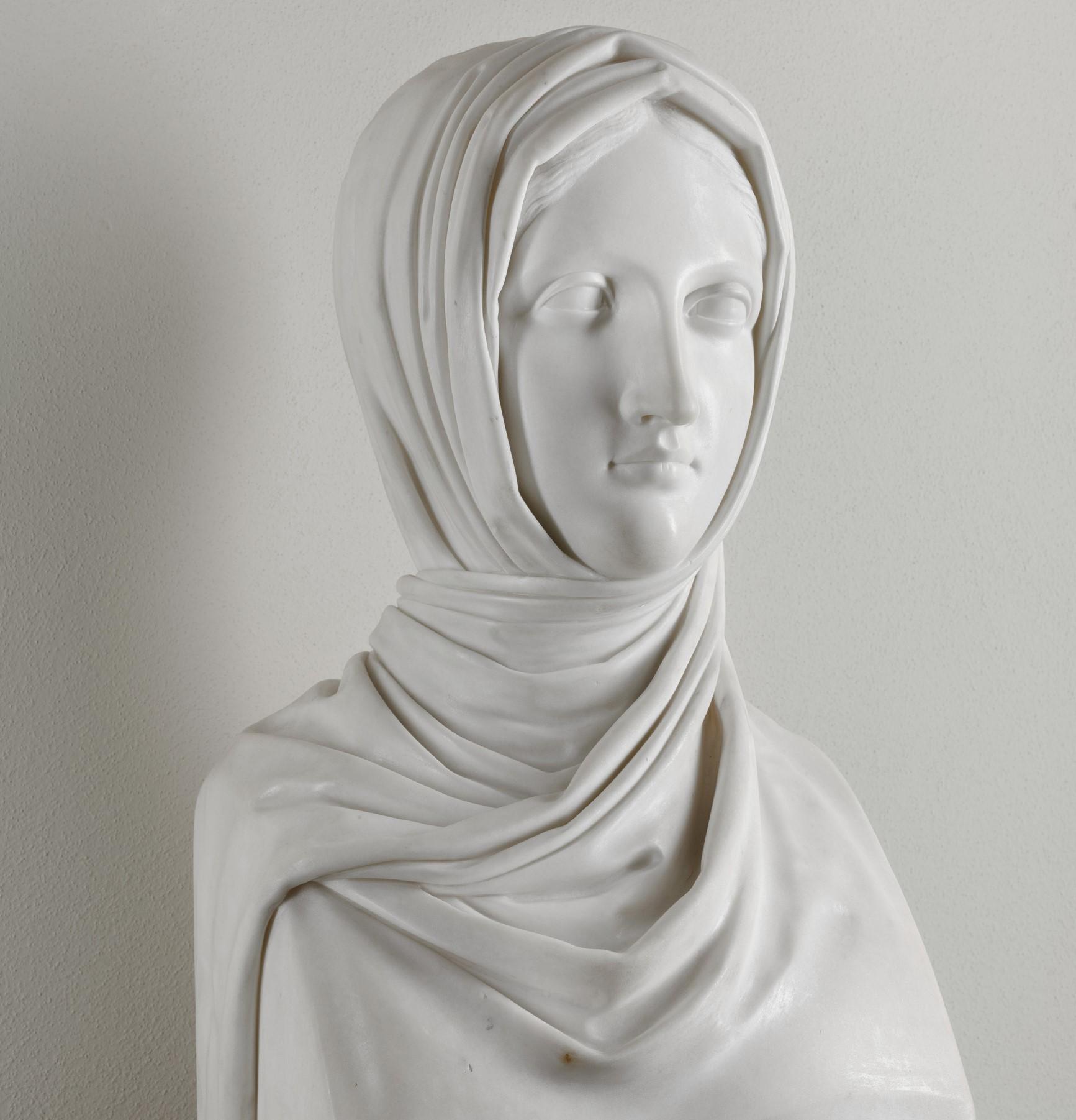 Canova, Vestale, 1818-1819, Milano, Galleria di Arte Moderna.