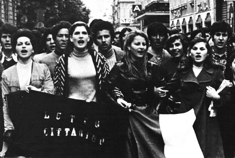 Moti di Reggio Calabria 1970 Corteo di donne