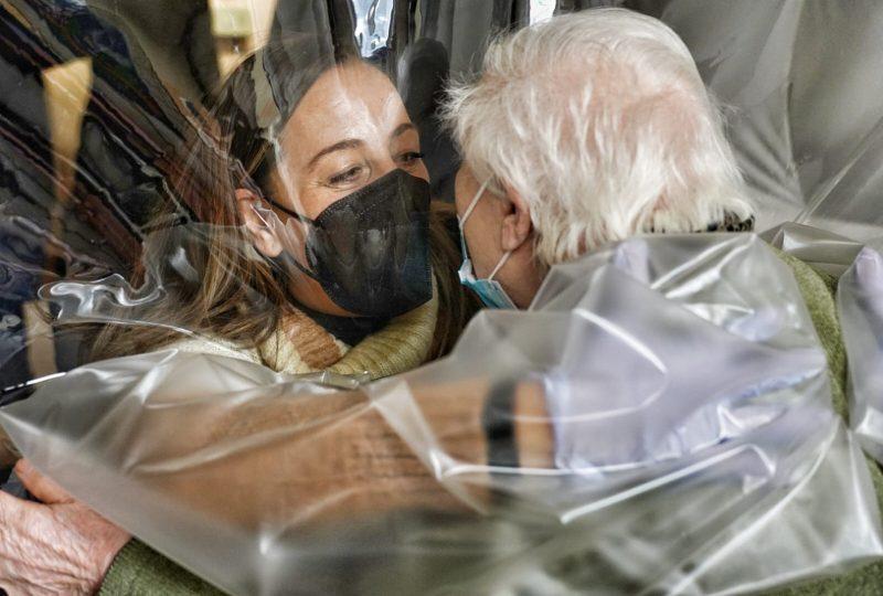 La stanza degli abbracci per i contatti tra malati di covid e parenti
